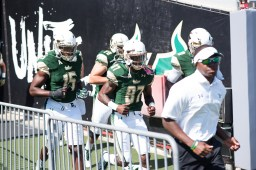 FSU vs USF 2016 21 – Vincent Jackson & Rodney Adams Exit Tunnel by Dennis Akers (6016×4016)