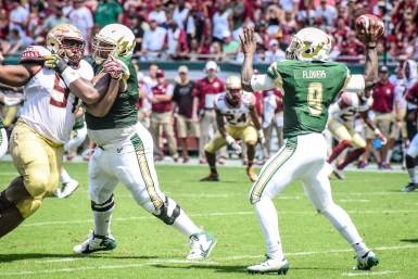 FSU vs USF 2016 74 - Quinton Flowers with solid pass protection by Dennis Akers (3952x2635)