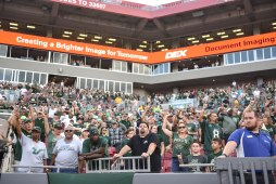 USF Crowd vs. NIU