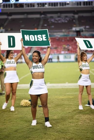 USF Cheerleaders vs. NIU