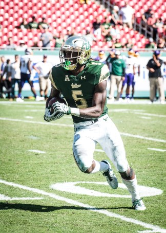 102 USF vs ECU 2016 - USF RB Marlon Mack (2534x3547)