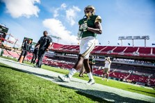 12 USF vs ECU 2016 - DB Deatrick Nichols Pre-Game (6016x4016)