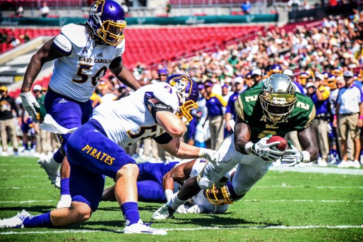 USF vs. UConn 2016: Scouting the Huskies' Playmakers on Offense by Matt Staton AI   Photo by Dennis Akers   SoFloBulls.com (3801x2534)