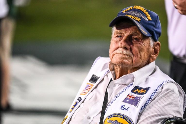 100 - Navy vs. USF 2016 - Navy Veteran from WWII by Dennis Akers   SoFloBulls.com (2944x1968)