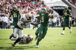 38 - USF vs. UCF 2016 - USF RB Marlon Mack stiff arms UCF DB D.J. Killings for TD by Dennis Akers | SoFloBulls.com (5257x3509)