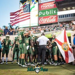 27 - Illinois vs. USF 2017 - USF LB Anthony Beko Deangelo Antoine Florida USA Flags by Dennis Akers | SoFloBulls.com (3065x3065)