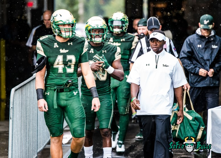 3 - Stony Brook vs. USF 2017 - USF LB Auggie Sanchez Devin Abraham by Dennis Akers | SoFloBulls.com (4570x3264)