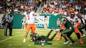 51 - Illinois vs. USF 2017 - USF DE Mike Love Sacking QB Chayce Crouch by Dennis Akers | SoFloBulls.com (5728x3222)