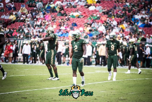 39 - USF vs. Houston 2017 - USF RB D'Ernest Johnson Quinton Flowers by Dennis Akers | SoFloBulls.com (6016x4016)