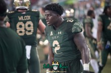 69 - USF vs. Houston 2017 - RB D'Ernest Johnson by Dennis Akers | SoFloBulls.com (6016x4016)