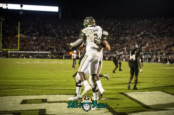 103 - USF vs. UCF 2017 - USF RB D'Ernest Johnson Billy Atterbury by Dennis Akers | SoFloBulls.com (6016x4016)