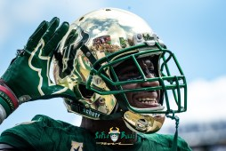 135 - Georgia Tech vs. USF 2018 - USF DB Mazzi Wilkins Can You Hear Me? by Dennis Akers   SoFloBulls.com (6016x4016)
