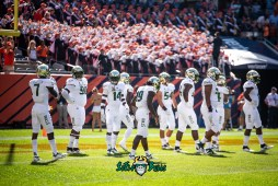 23 - USF vs. Illinois 2018 - USF DB Ronnie Hoggins Mike Hampton Vincent Davis Nico Sawtelle by Dennis Akers | SoFloBulls.com (6016x4016)