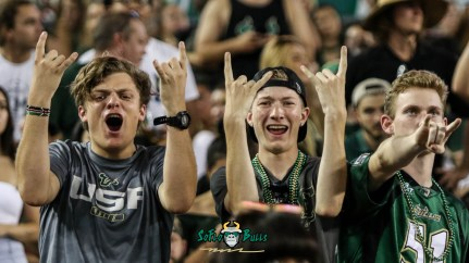 100 - USF vs. UConn 2018 - USF Students in Crowd by Will Turner | SoFloBulls.com (3965x2233) - 0H8A8730