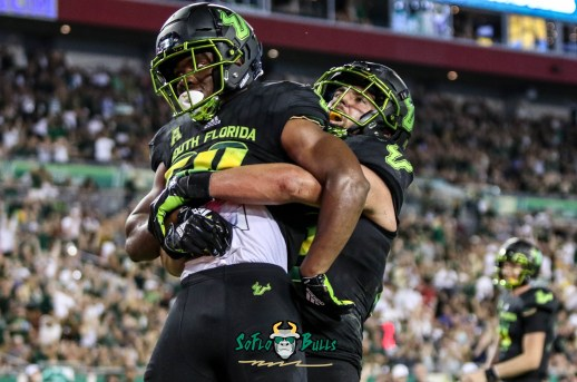 120 - USF vs. UConn 2018 - USF RB Johnny Ford Mitchell Wilcox by Will Turner | SoFloBulls.com (4055x2686) - 0H8A8804