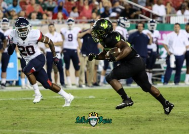 160 - USF vs. UConn 2018 - USF RB Johnny Ford by Will Turner | SoFloBulls.com (3857x2744) - 0H8A9177