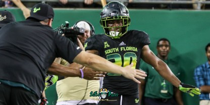 166 - USF vs. UConn 2018 - USF RB Johnny Ford Greg 3rdLegGreg Wolf by Will Turner | SoFloBulls.com (5095x2567) - 0H8A9196