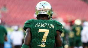37 - USF vs. UConn 2018 - USF DB Mike Hampton by Will Turner | SoFloBulls.com (4682x2596) - 0H8A8328