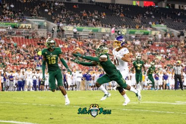49 - USF vs. ECU 2018 - USF DB Mike Hampton by Dennis Akers | SoFloBulls.com (2907x1941)
