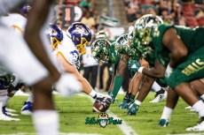 55 - USF vs. ECU 2018 - USF DL vs. ECU OL by Dennis Akers | SoFloBulls.com (3204x2139)