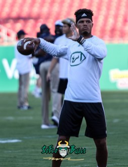 6 - USF vs. UConn 2018 - USF QB Chris Oladokun by Will Turner | SoFloBulls.com (2246x2912) - 0H8A8167