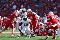 114 - USF vs. Houston 2018 - USF RB Johnny Ford Cut up the middle at TDECU Stadium by Will Turner | SoFloBulls.com (5472x3648) - 0H8A9661