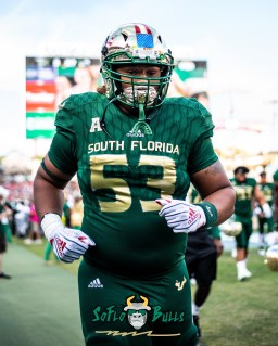 47 - Tulane vs. USF 2018 - USF DT Devin Leacock by Dennis Akers | SoFloBulls.com (3545x4431)