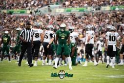 56 - UCF vs. USF 2018 - USF LB Khalid McGee by Dennis Akers | SoFloBulls.com