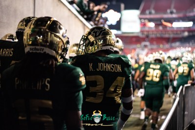 21 - Marshall vs. USF 2018 - USF LB Keirston Johnson Jernard Phillips by Dennis Akers | SoFloBulls.com