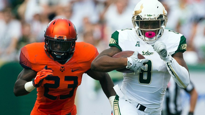 The Birth of #Ocho: USF WR Tyre McCants First Big Play as a Bull vs. Syracuse 2015