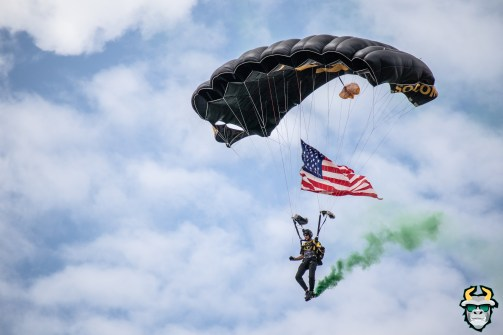 12 - Military Veteran Parachutes onto Corbett Stadium USF Spring Game 2019 by David Gold 0374 (6000x4000)