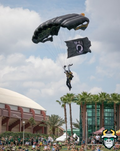 12C - Military Veteran Parachutes onto Corbett Stadium USF Spring Game 2019 by David Gold 0422 (4000x5000)