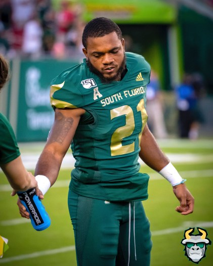 19 – Wisconsin vs USF 2019 – USF DB McArthur Burnett by David Gold – DRG04681