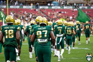 27 - USF vs S.C. State 2019 - Team by David Gold DRG09798