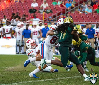 97 - SMU vs USF 2019 - Dwayne Boyles Tackle Shane Buechele Big Eyes by David Gold IG - DRG01554