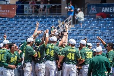 134 USF vs UCF Baseball Bulls Team Celebrating with Trophy 2021 AAC Championship DRG01033