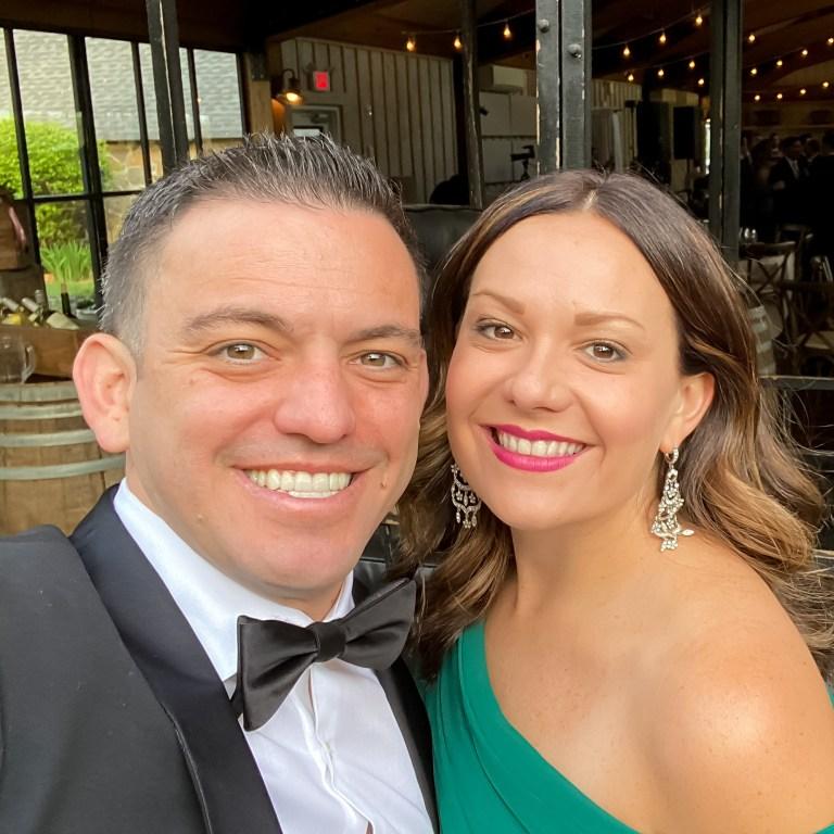 Matthew Manuri and Stephanie Manuri 2021 Profile Pic