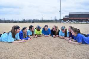Are You a Good Team Mate? | Softball is For Girls