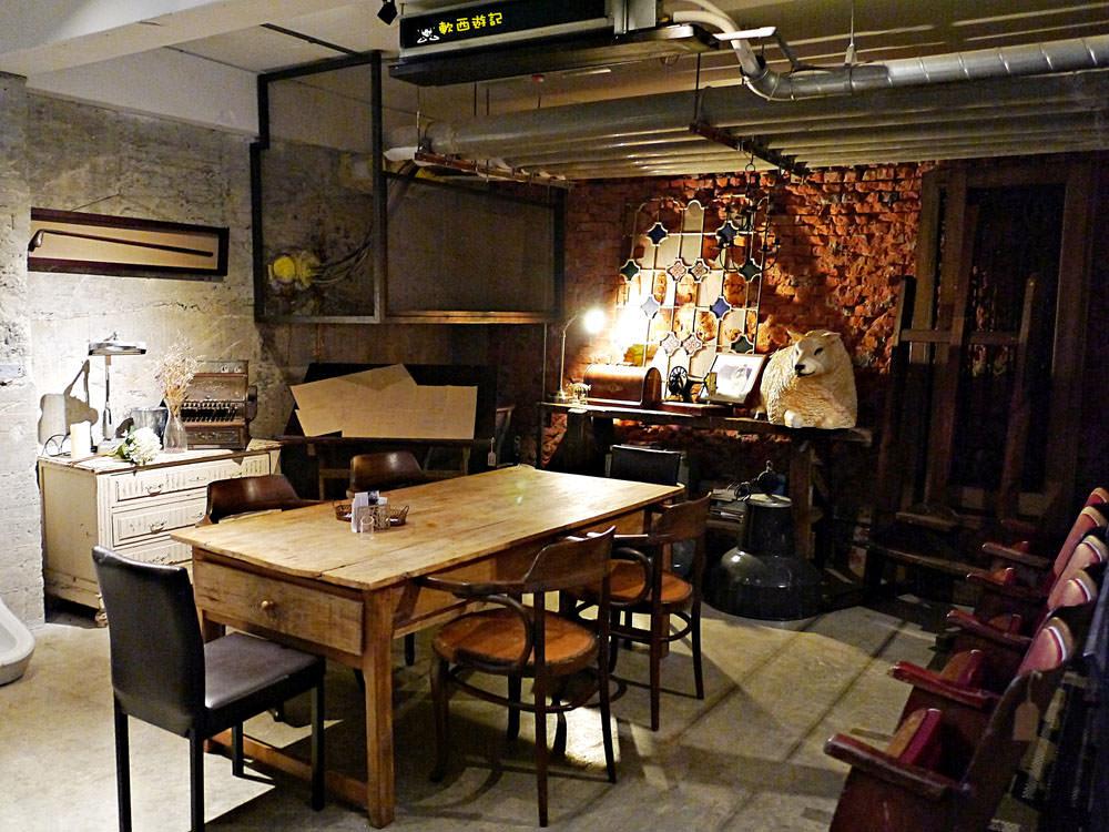 信義安和站美食》舒服生活Truffles Living●寵物友善餐廳 走進歐洲古典老屋!懷舊浪漫家具風~來份歐式優雅早午餐吧! 近通化夜市