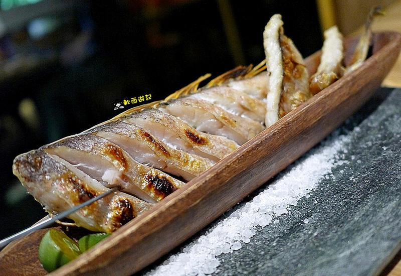 [食記]台北忠孝敦化站 愛新覺羅 原味‧鮮採嚴煮 客製化菜單 卡片傳情小驚喜 適合約會、慶生、紀念日的高級浪漫氣氛餐廳