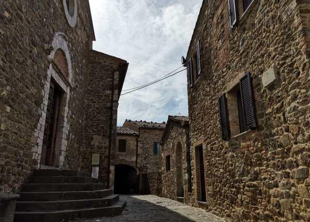 Montalcino borghi