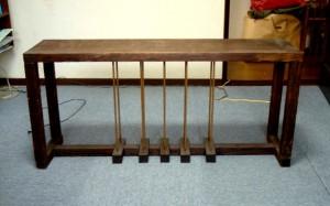 銅ポールテーブル
