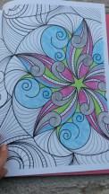 Coloriage pour adulte au crayon de couleur
