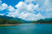 Madupatty Dam in Munnar, Kerala