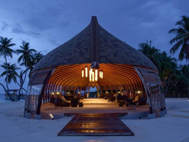 Male-Maldives-at-Night