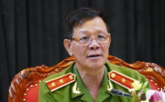 """Trung tướng Phan Văn Vĩnh: """"Thông cảm cho tôi, tôi đang có việc"""""""