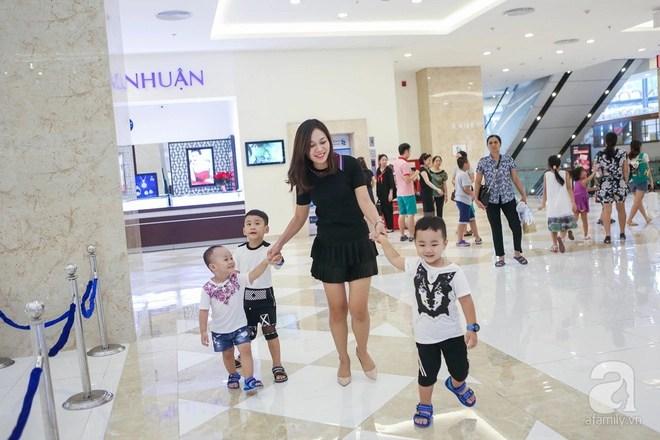 Ngưỡng mộ mẹ đơn thân 3 con: Từ tay trắng, ôm con đi ở trọ đến cô chủ kiếm cả tỷ đồng /tháng - Ảnh 4.