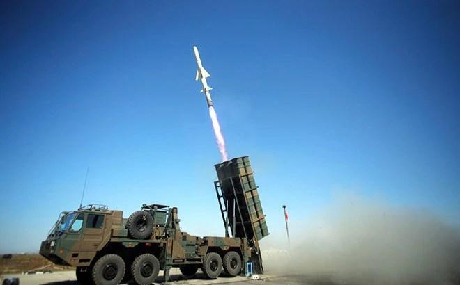 """Điều tên lửa mới đến đảo Okinawa, Nhật Bản siết gọng kìm """"bóp nghẹt"""" Hải quân Trung Quốc"""