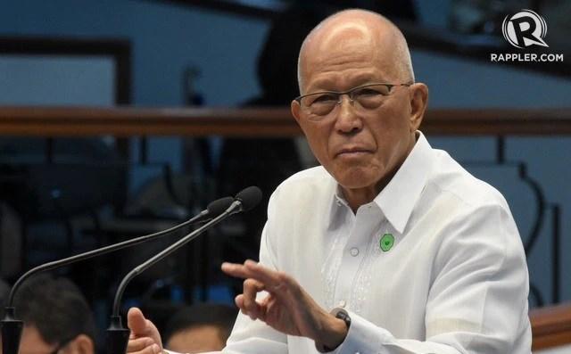 Bộ trưởng Quốc phòng Philippines quay ngoắt thái độ sau khi Tổng thống Duterte nói vụ tàu cá 'chỉ là tai nạn nhỏ'