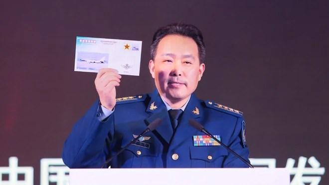 Ông Trump ký luật mở đường chiến hạm Mỹ tới Đài Loan: Cú đấm trực diện làm TQ choáng váng - Ảnh 2.